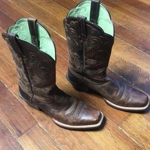 Ariat Cowboy Boots!